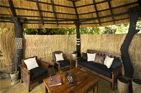 Mchenja Lounge