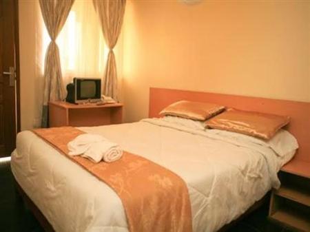 Laibon Hotel